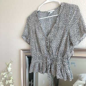 H&M size 2 Leopard Animal Print Top blouse